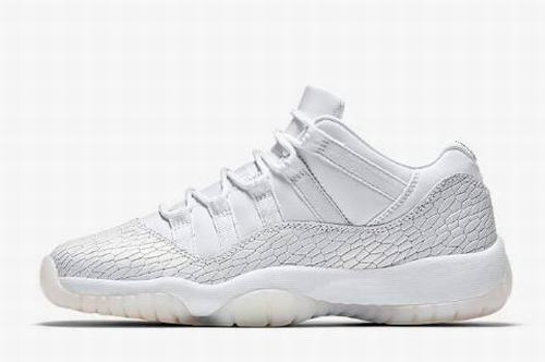 half off 86ab1 ea023 Air Jordan XI (11) Retro Women